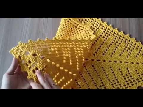 Caminho de mesa de croche com linha princesa com grafico