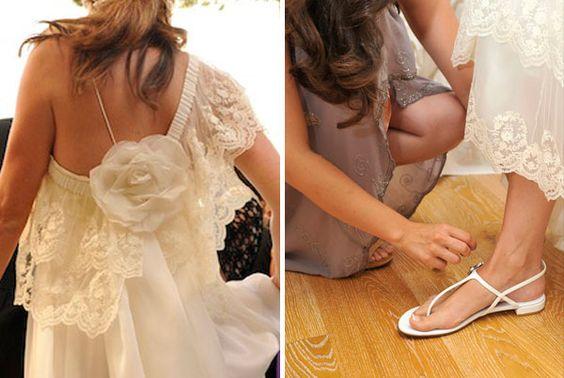 vestido: Tot-hom, sandalias: Stuart Weizman