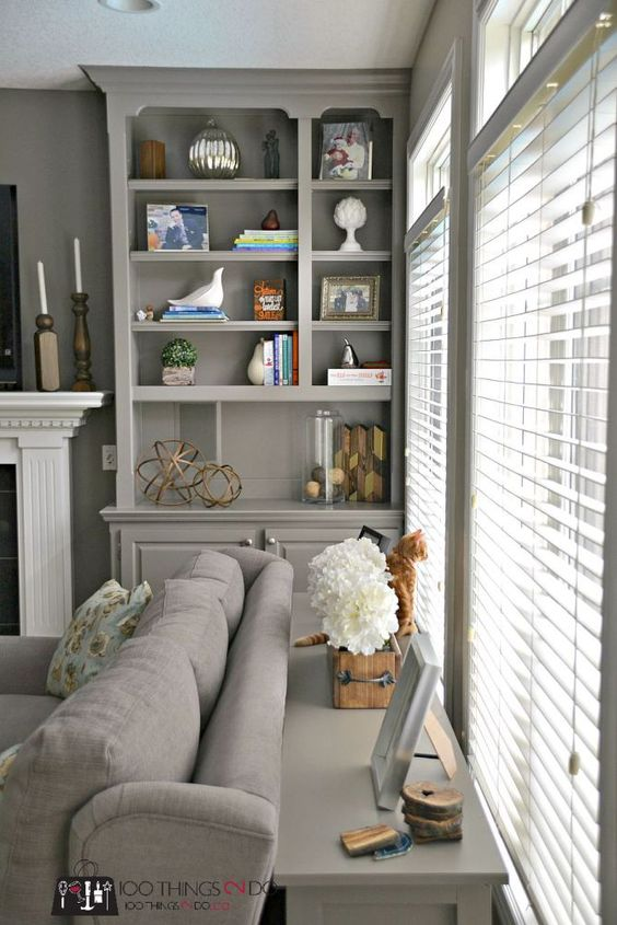 How to style bookshelves - 10 tips compiled from design experts.:
