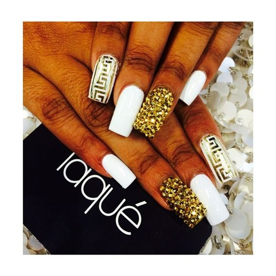 Laque Nails Gold Glitter Gems Diamond