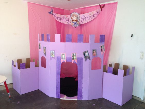 Princes castle i made using cardboard boxes and paint for Castle made out of cardboard boxes