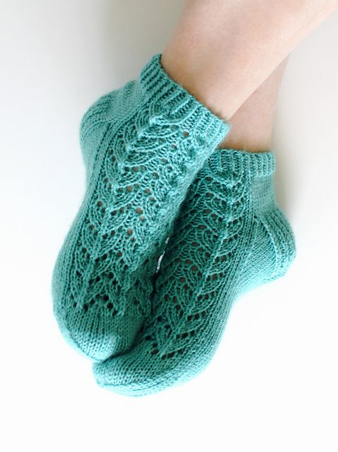 Knitted Ankle Socks Patterns Free : Free knitting pattern - Midsummer socks pattern by Niina Laitinen knit / cr...