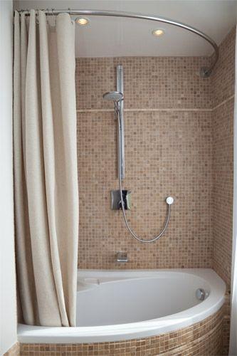 Barre de rideau de douche dangle asymetrique for Castorama rideau douche