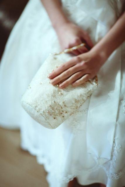 Styled Shooting: Prinzessin für einen Tag - wunderschöne Brauttasche!