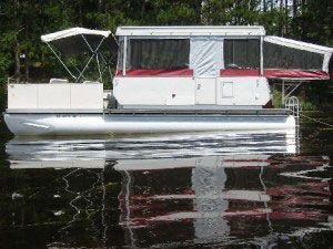 Perfect setup for the Lake! Tow your little speed boat along behind and you are all set!: