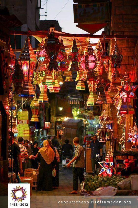 Ramadan In Egypt جو رمضان في مصر ظعم تاني أصلا رمضان ميتحسش الا فى مصر ذكريات وجمال وروح عجيبه تلقاهاتشدك لاما Modern Egypt Cairo Egypt Life In Egypt