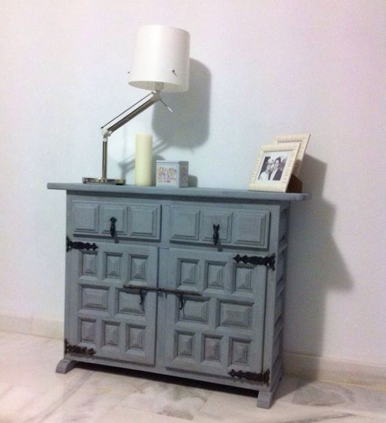 Despu s mueble castellano con paintiza comodas pinterest for Restaurar mueble antiguo a moderno