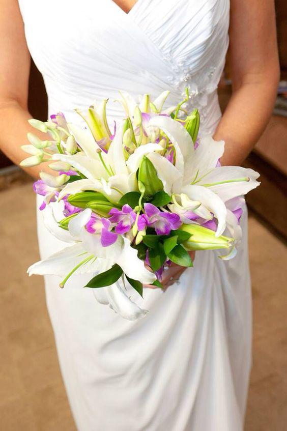 My beautiful tropical bouquet from Mandalay Bay Chapel.