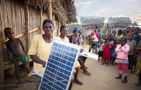 Entwicklungshilfe: Die Frau die das Licht brachte - und neue Probleme - http://ift.tt/2cngbVO