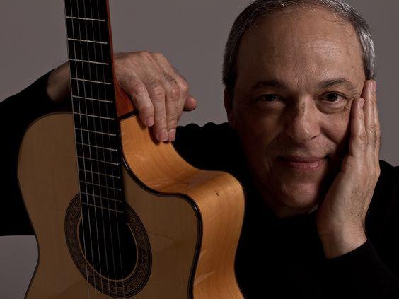 O cantor Toquinho e a Orquestra Sinfônica Arte Viva realizam um concerto especial nos palcos do Auditório Araújo Vianna, no domingo, dia 21. Saiba mais
