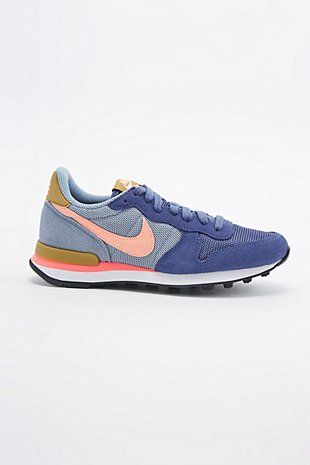 Nike Internationalist Trainers in Purple - Urban Outfitters