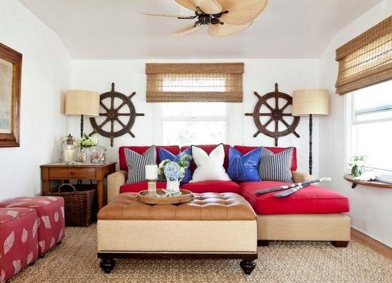 kleines wohnzimmer maritimes flair rot marineblau ruder als ...