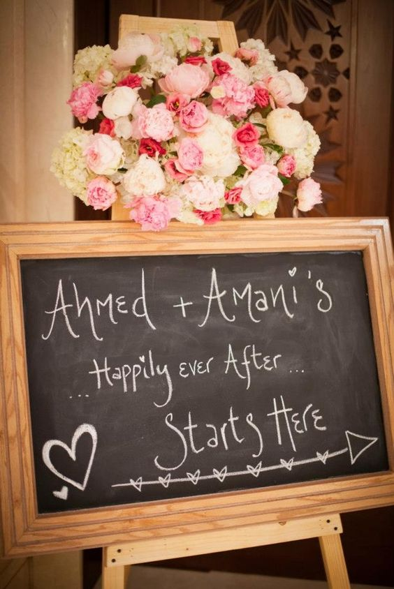 cute sign..Beautiful flowers!
