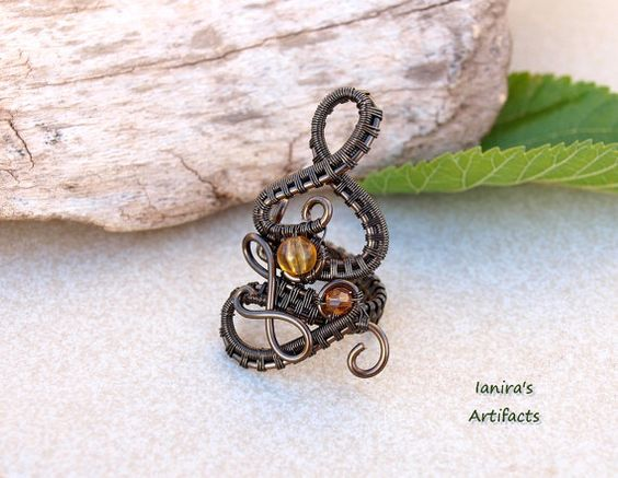 OOAK Steampunk adjustable wire wrapped gunmetal pendant by Ianira, €24.00