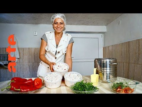 A Table En Roumanie Cuisines Des Terroirs Arte Youtube