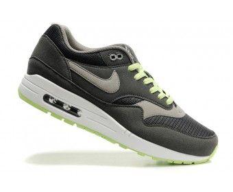 Bryn Mawr Running Shoe Store