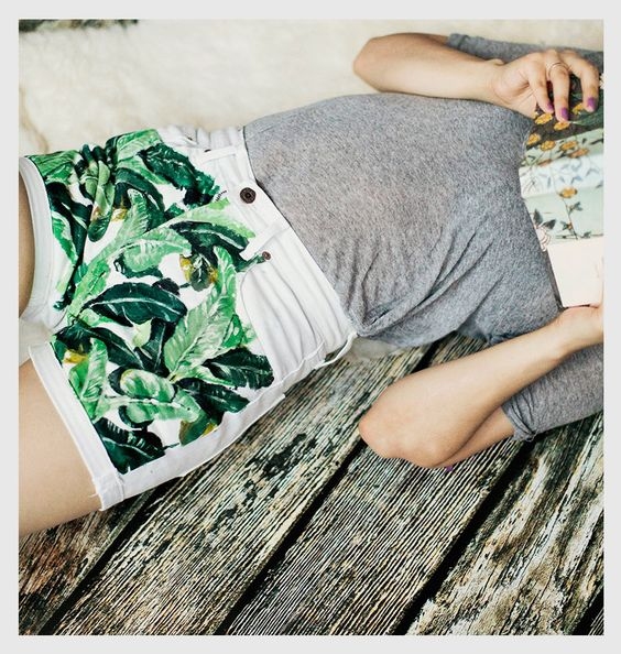 For the more artistic DIY-er, hand painted jungle jeans.: Jean Shorts, Diy Shorts, Jungle Shorts, Shorts Park, Denim Shorts