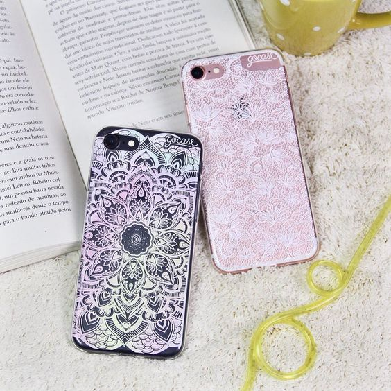 Pra que perder tempo para vestir seu iPhone 7? {cases: furta-cor e rendada}  [DISPONÍVEIS PARA TODOS OS IPHONES GALAXY E MOTO G]  #gocasebr #instagood #iphonecase #phonecase #iphone7 #iphone7s #iphone7case #minhagocase