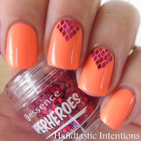 Handtastic Intentions: Nail Art: Glitter Placement: