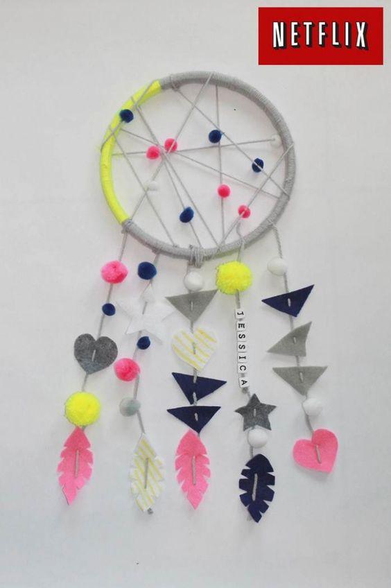 Dreamcatcher craft for kids netflixkids kids fun for Dream catcher craft easy