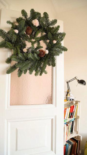 Vittorio's secret: ghirlanda di natale con pom pom - christmas wreath