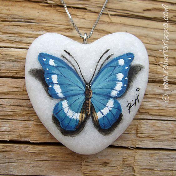 En forma de corazón azul de la mariposa colgante   Joyas Mano PintadoTamaño: 4.5 cm Materiales: acrílico, mármol, anillo de metal tono