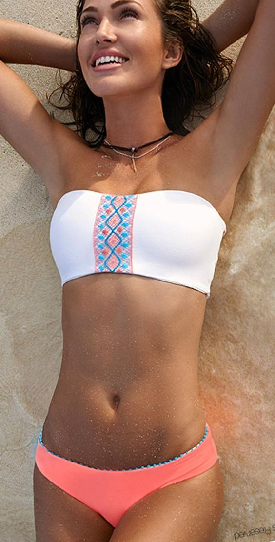 White and pink beach savana bikini with exclusive design will make you look romantic and ellegant this summer 2015.