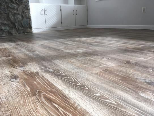 Luxury Vinyl Plank Flooring, Is Lifeproof Vinyl Flooring Waterproof