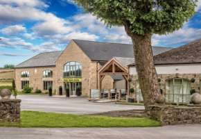 The Daventry Court Hotel Wedding Venue In Northamptonshire Venues Pinterest And