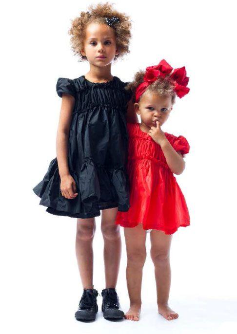 Awe!!! I want these dresses.