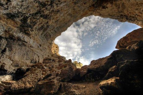 Cap d'Or Cendra. Cova de la Cendra. Moraira- Teulada (Alicante)