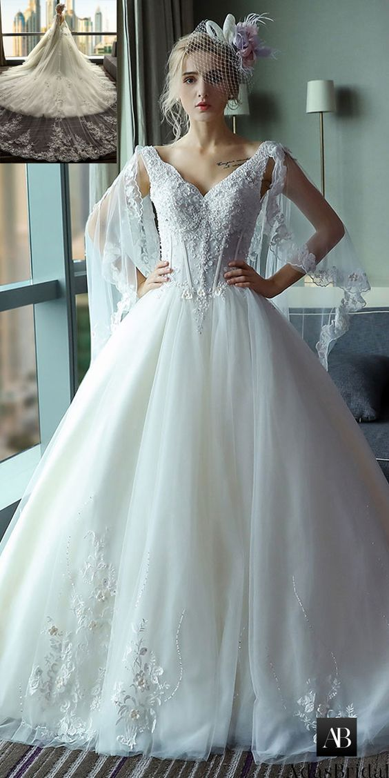 Fabulous Tulle V-neck Neckline Ball Gown Wedding Dress