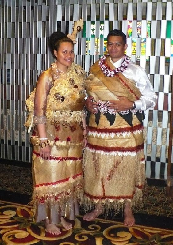 ... traditional traditional fashions traditional hawaiian traditional