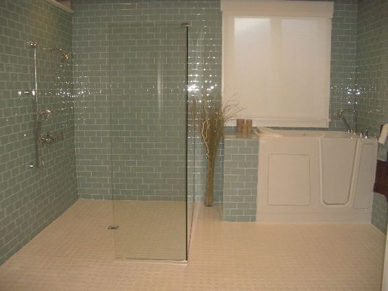 Bathroom Shower Designs Handicap Wheelchair #DisabledBathroomTips