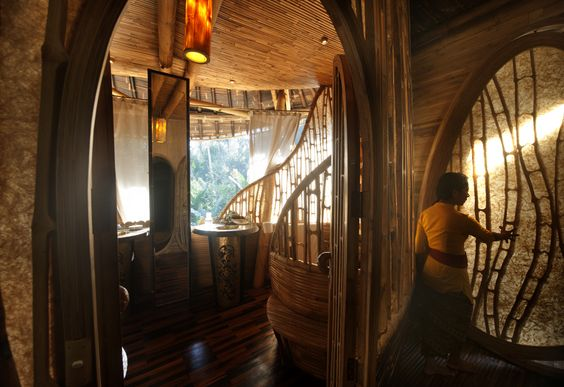 Bamboo Treehouse In Bali Is Pretty Much A Mansion In The Sky (PHOTOS):