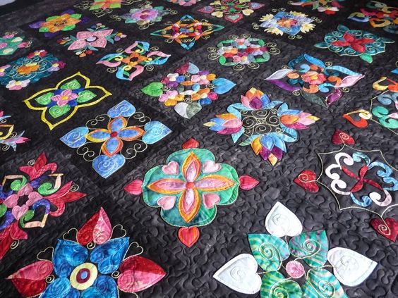 Affairs of the Heart: Pattern Block, Applied Quilts, Beautiful Quilts, Appliqued Quilts, Sewing Quilts, Heart Quilt Pattern, Heart Quilts, Awesome Quilts, Flower Quilts
