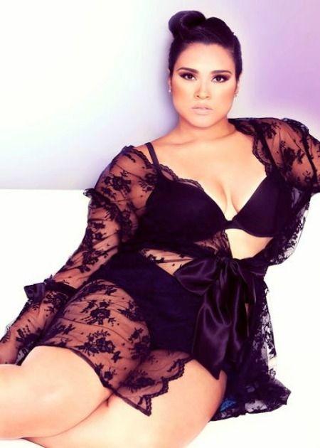 <3: Black Lace, Curvy Girl, Curves Ahead, Lace Robe, Big Girl, Boudoir Photo, Plus Size Lingerie