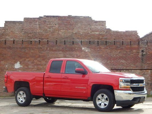 This Red Hot 2018 Chevy Silverado 1500 Lt Packs A Serious Punch