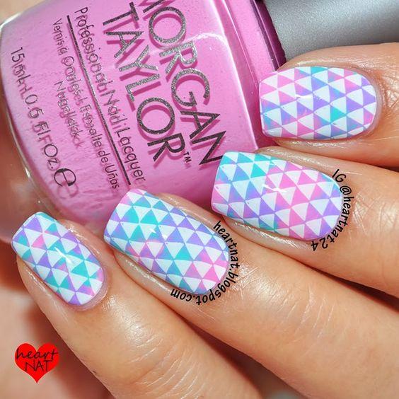 Saran Wrap Smush & Triangles with MoYou London Pro 02 XL - heartNAT