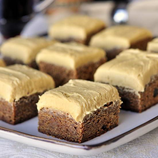 Buttercream frosting, Gingerbread and Frostings on Pinterest