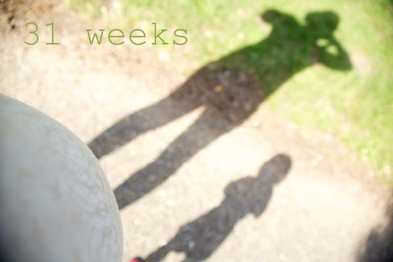 """31 Weeks"" Parenting blog, Mummy blog, Toddler & Pregnancy, Photography, Mummarazzi, Canon 50mm, Devon North, Family photography"