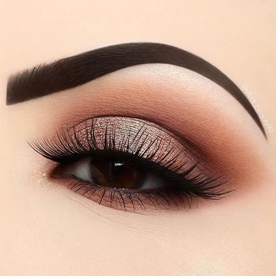 Warm-toned makeup look