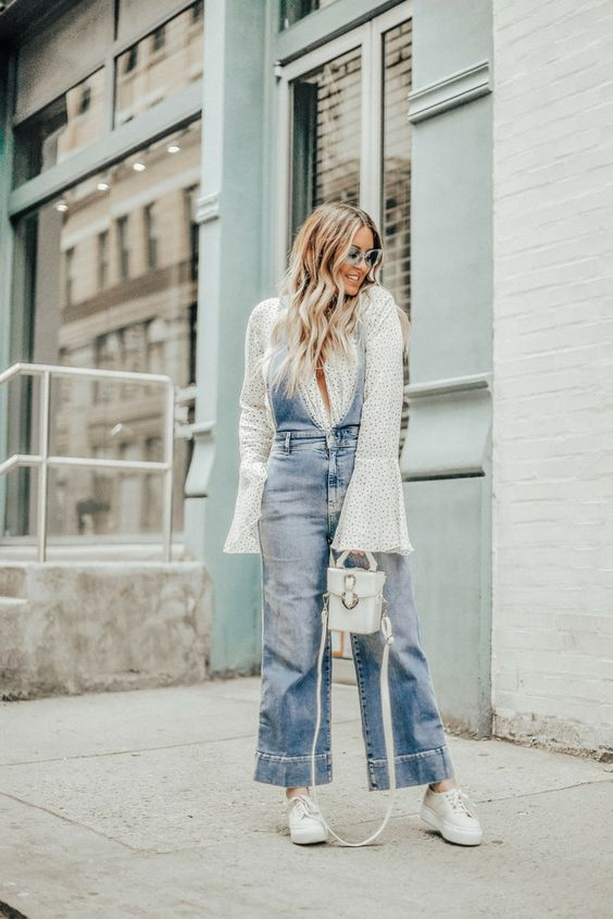New York blogger Danielle Gervino of Pineapple & Prosecco talks THE overalls you need for your Spring wardrobe | #springstyle #overalls