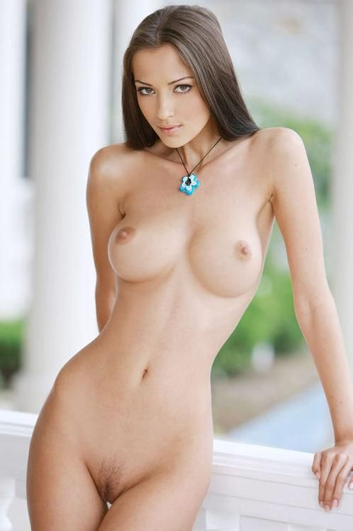 Naked Girl Brown Hair
