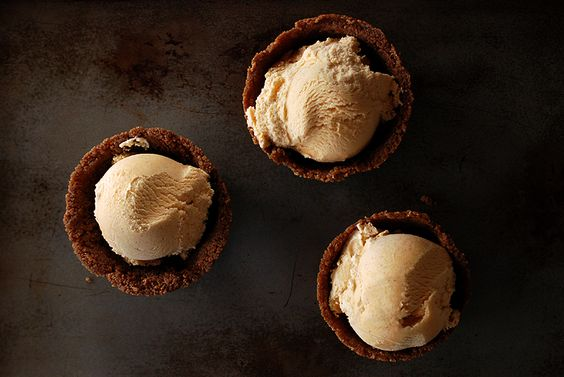 cream pumpkin spice cookie cups cinnamon chips ice cream sandwiches ...