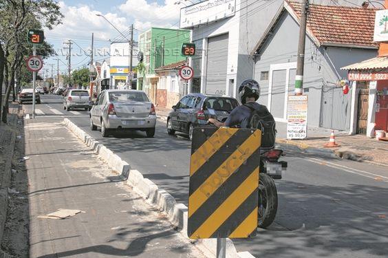 Fiscalização eletrônica em Rio Claro resulta em48.707 multas por infrações de trânsito +http://brml.co/1S2mIjl