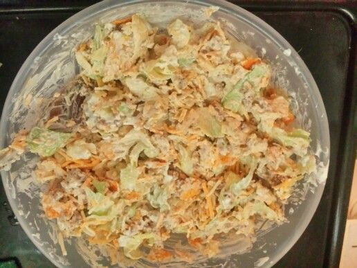 Cold Taco Salad with Sour Cream n Hidden Valley Ranch Dip Mix taco ...