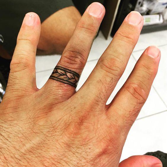 Wedding Band Tattoos For Men: Pin By Bev Tillery On Finger Tattoos