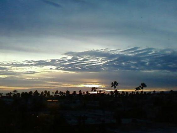 Sunset in Santa Monica. Puesta de sol en Santa Monica Ca.