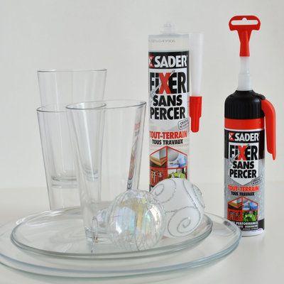 Le matériel qu'il vous faut :  une cartouche de colle Sader Fixer Sans percer Tout Terrain Tous travaux et de la vaisselle en verre